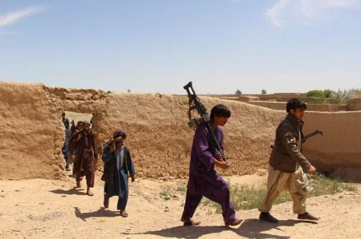बीते जुलाई में अफगानिस्तान के जवाजन प्रांत में तालिबान और आईएस के बीच हुए एक संघर्ष में दोनों ओर के 300 से अधिक लड़ाके मारे गए | फोटो : एएफपी