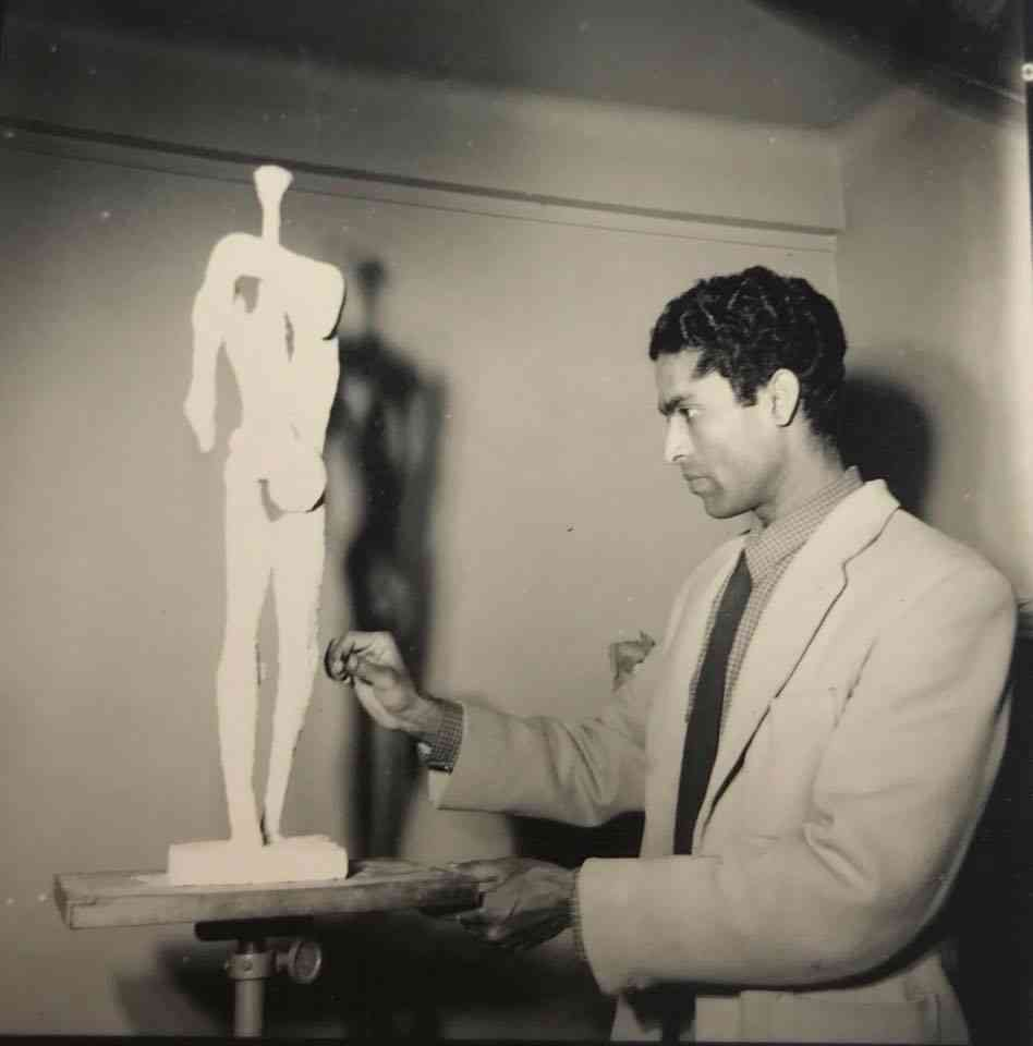 N Krishna Reddy in Paris, c. 1960s. Image courtesy: Experimenter gallery.