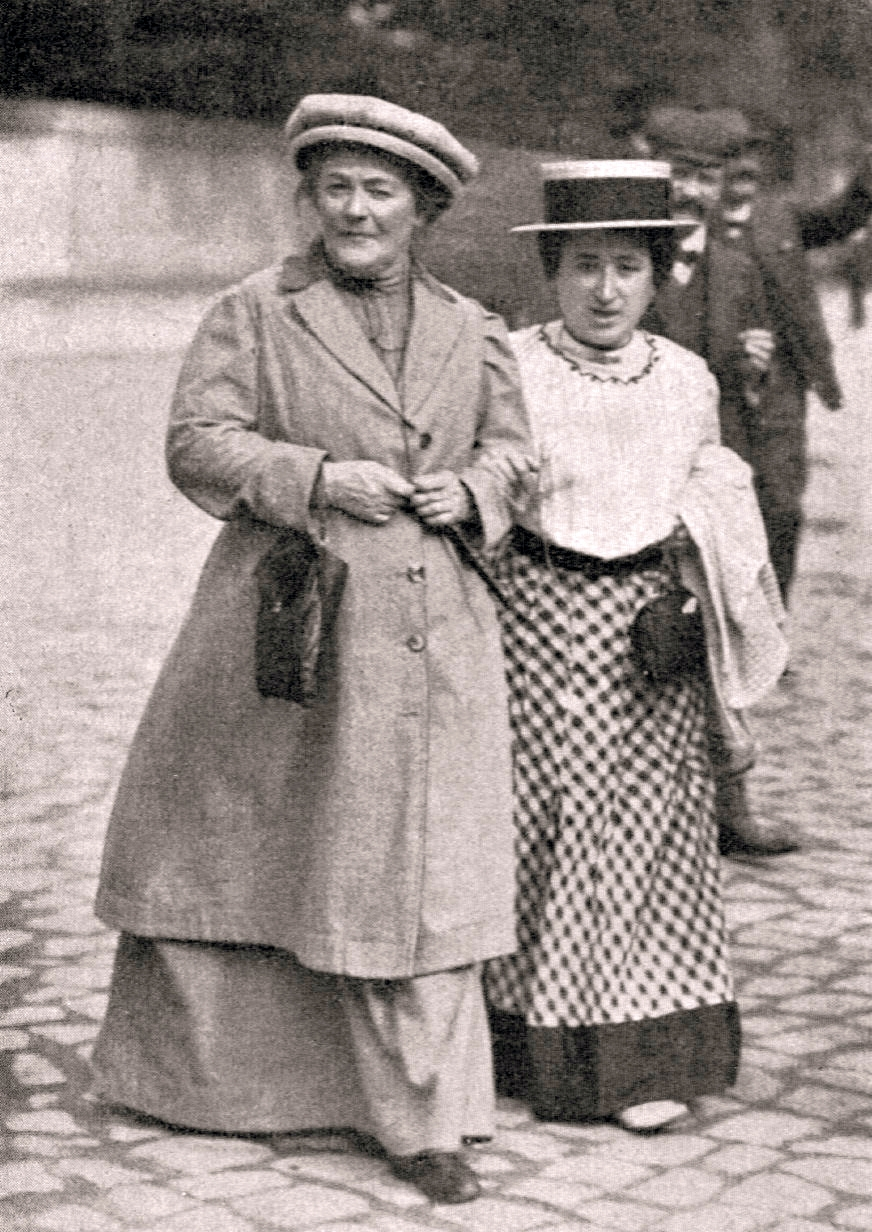 Clara Zetkin and Rosa Luxemburg in January 1910. Photo credit: Luxemburg, Rosa - Bio/Wikimedia Commons [Licensed under CC BY web.stanford.edu]