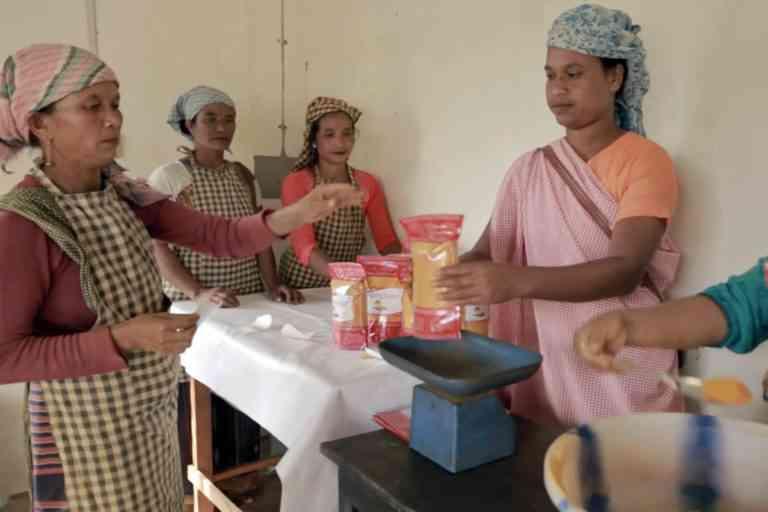 A school teacher is spearheading a women–led turmeric farming