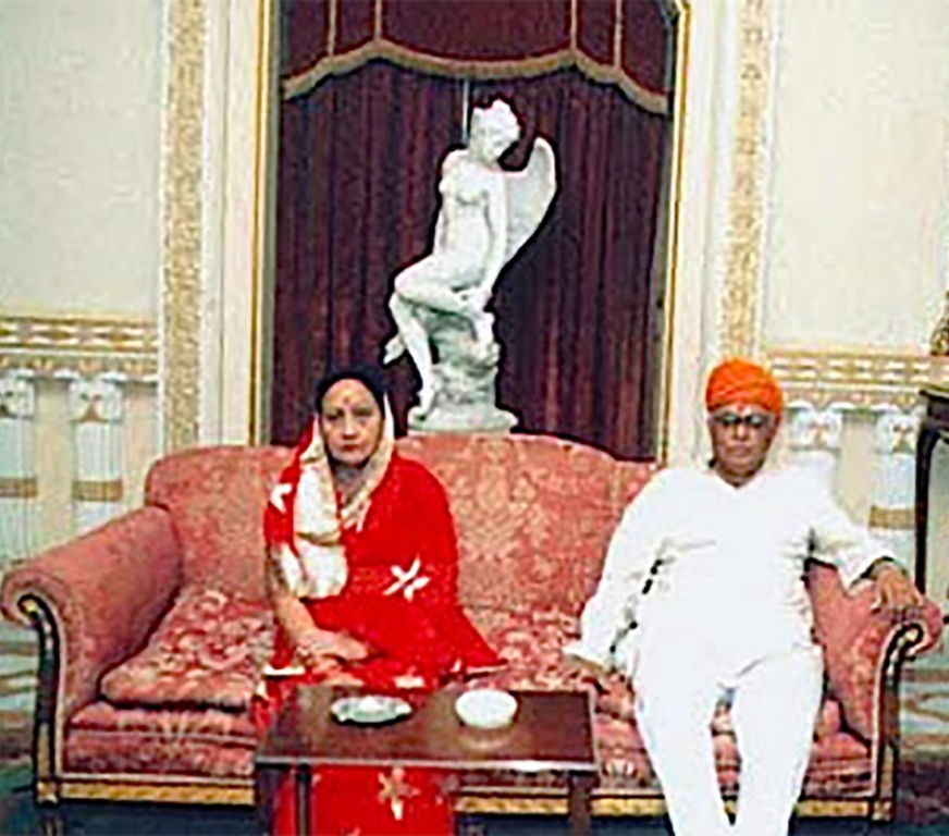 Maharawal Virendrasinhji Natwarsinhji Chauhan and his wife.