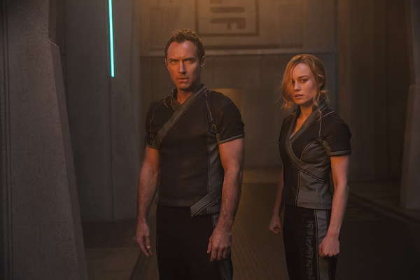 Jude Law and Brie Larson in Captain Marvel. Courtesy Marvel Studios/Disney.