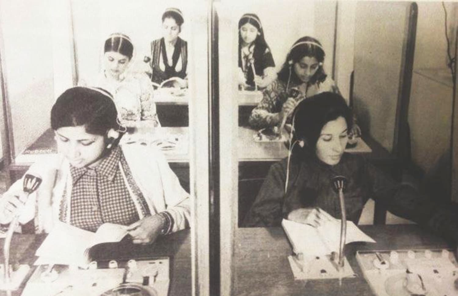 Pakistan International Airlines' airhostesses receiving lessons in English and French in Karachi in 1975.