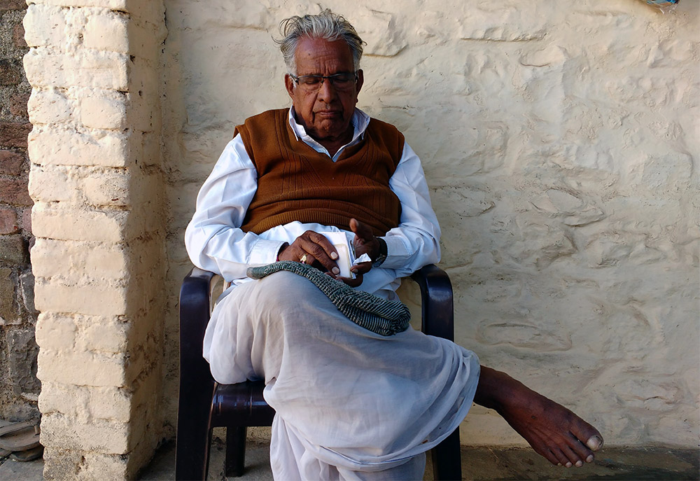 Biharilal Mandhane at his home in Gategaon. Credit: Mridula Chari