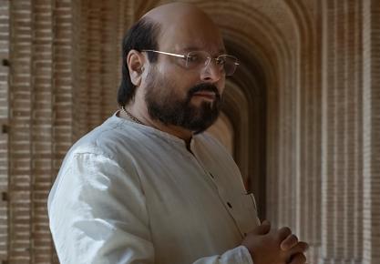 Amit Shah (Manoj Joshi) in PM Narendra Modi (2019). Courtesy Legend Global Studio.