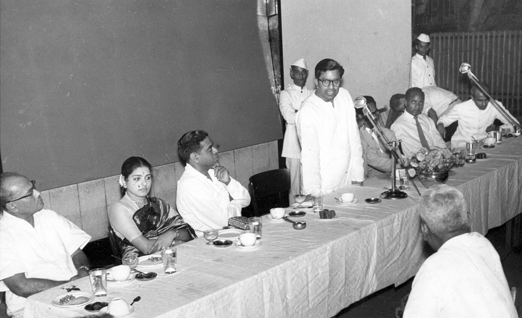 Professor and Mrs Alladi Ramakrishnan (seated) at a meeting in Madras of the Asian Students at which Education Minister C Subramaniam (speaking) was the chief guest, Oct 1959. Photo credit: Alladi Krishnaswami.