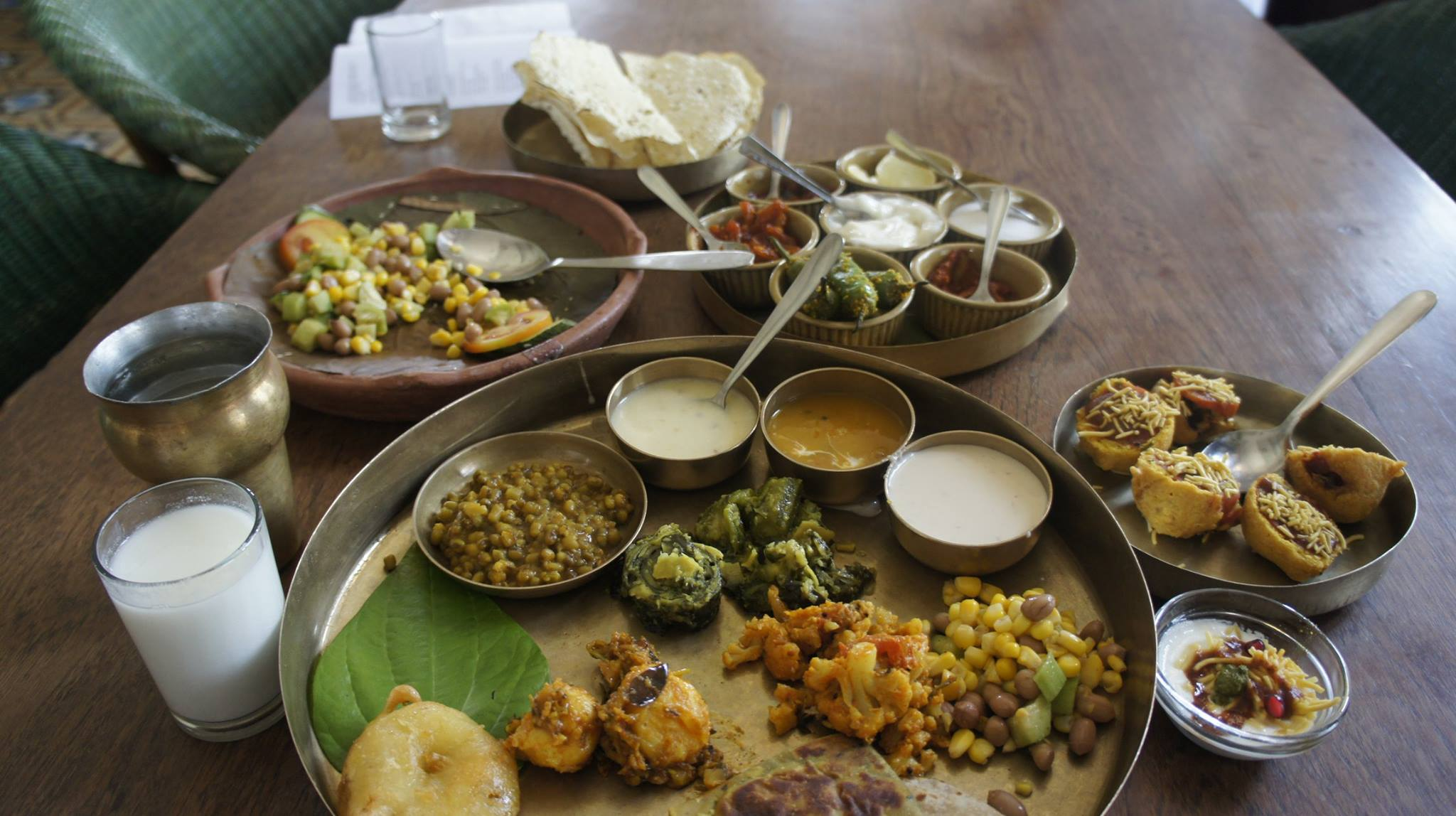 Gujarati thali. Credit: Wikimedia Commons