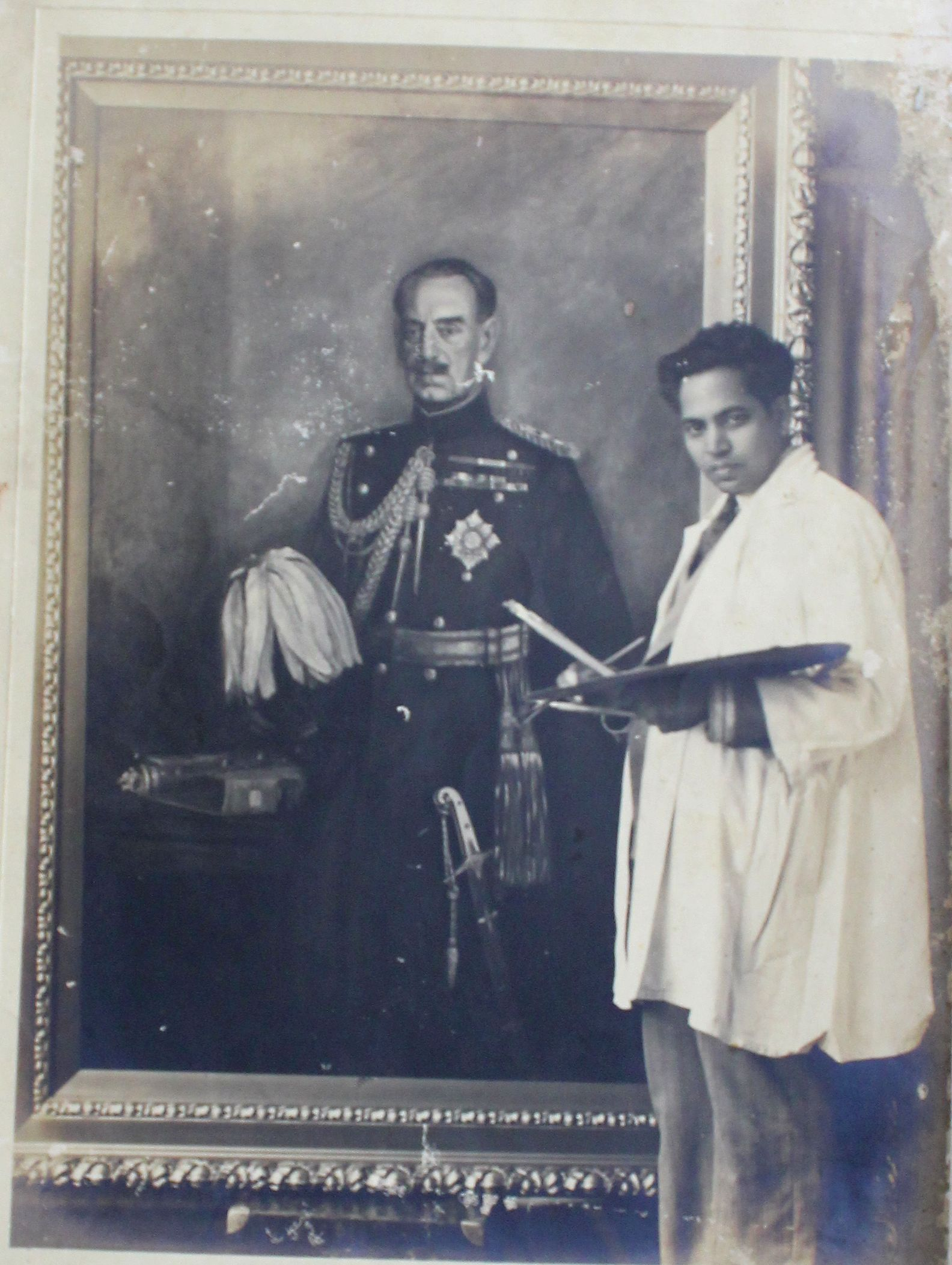 AP da Cruz in his studio, Bombay, 1943.